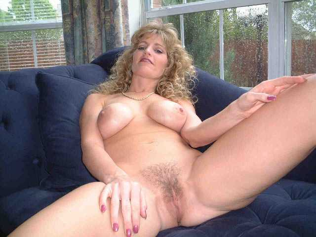 Big titted black milf