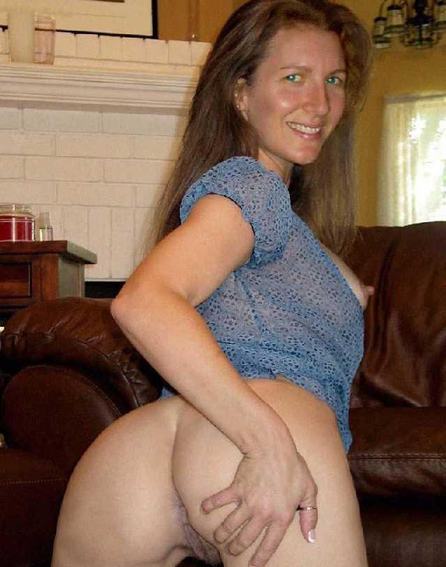 Mom likes sons big dick